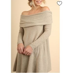 Umgee oatmeal cowl neck sweater